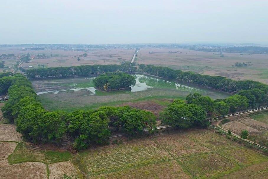 Tasikardi Lake of Banten